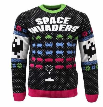 Køb din Space Invaders julebluse her